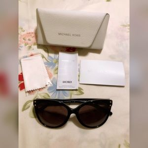 MICHAEL KORS MK2045F CAT EYE SUNGLASSES